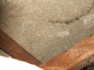 Sous-toiture contenant de l'amiante (menuiserite)
