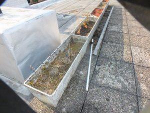 Quelques exemples de jardinières contenant de l'amiante